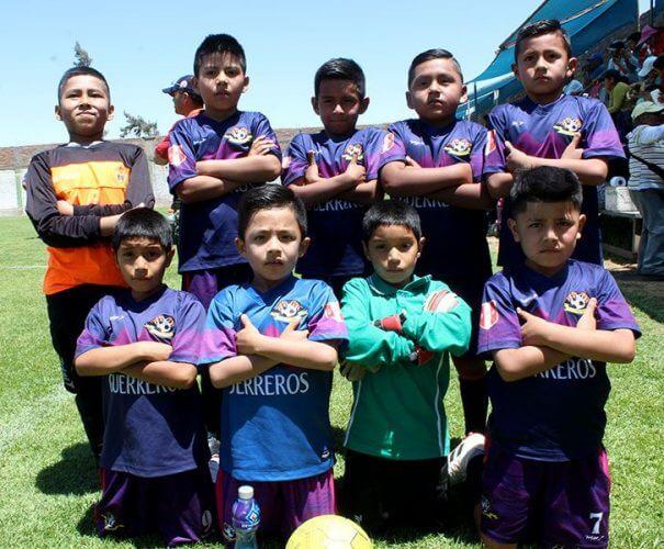 Guerreros F.C. de Mariano Melgar categoría sub-8.