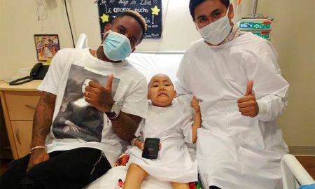 Jefferson Farfán sorprendió a niño con leucemia (Foto: Juan Sebastían Zegarra)