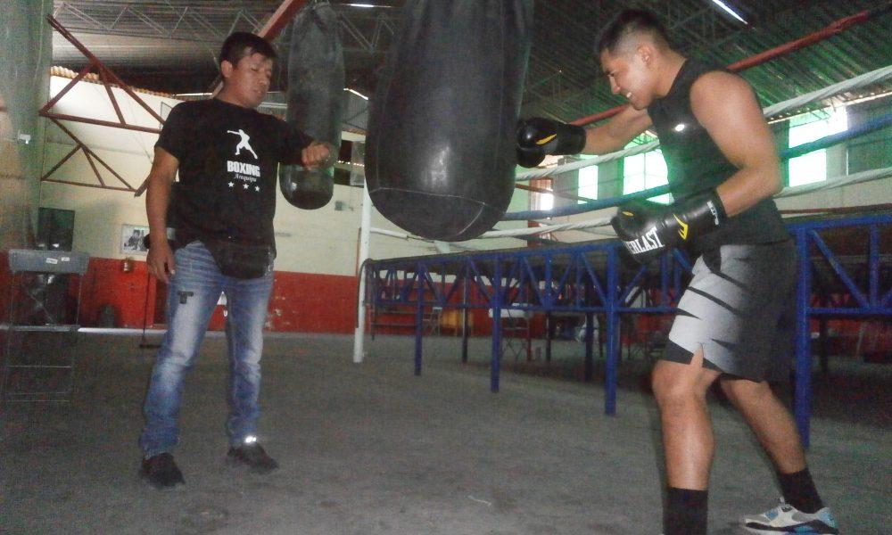 """Christian """"Travieso"""" Ticona en la recta final de su preparación para nacional de boxeo."""