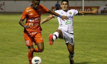 Vital. FBC Melgar ganó 3-0 de visita. Ya piensa en la Sudamericana.