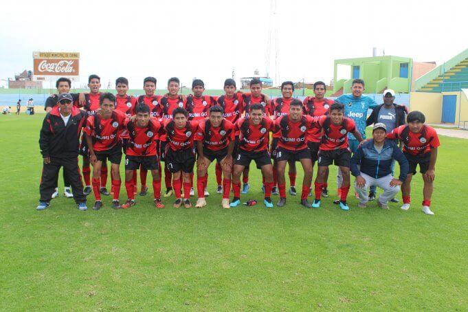 Independiente tuvo un buen debut goleando por 4 a 0.